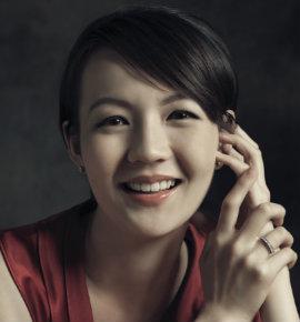 Elizabeth Kong