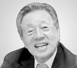 HAN CHANG-WOO 韩昌佑