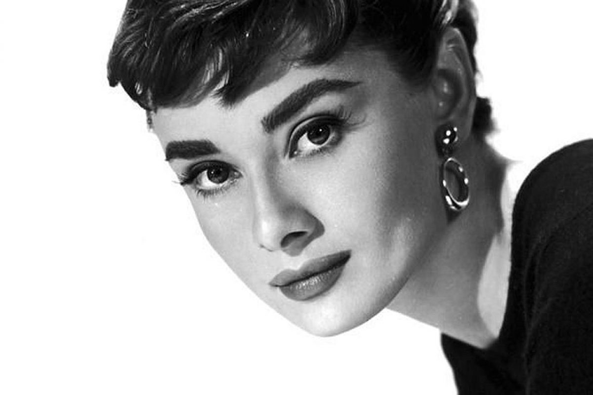 Audrey Hepburn's Favourites Go on Auction