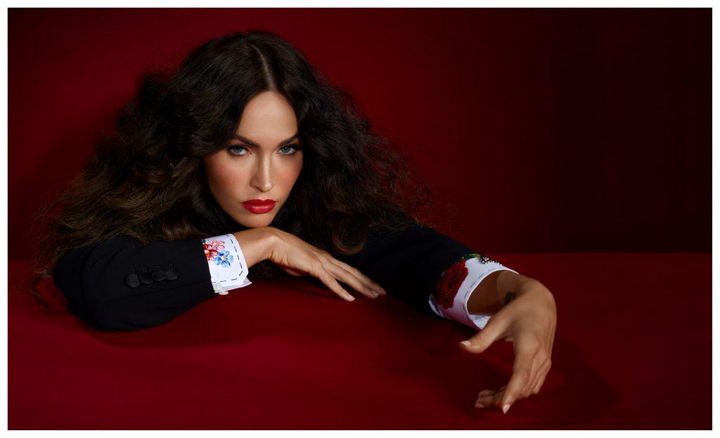 Outfit: Dolce & Gabbana Megan Fox