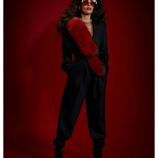 Outfit: Bottega Veneta, Sunglasses: Miu Miu, Necklace: Calvin Klein, Shoes: Christian Louboutin, Shawl: Stylist's Own
