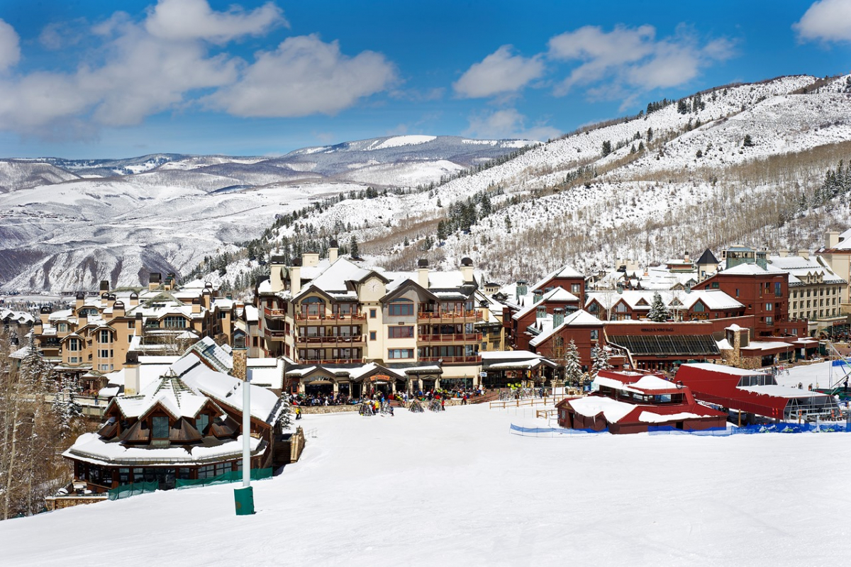 Holiday Guide: The Best Luxury Ski Resorts in the Western US