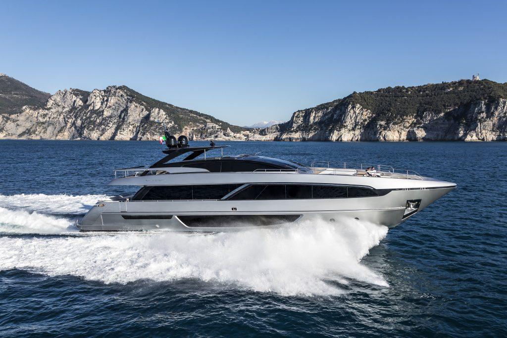 The impressive Riva 100 Corsaro