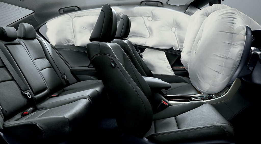 Safety and security with its dual front SRS airbags, side airbags and side curtain airbags