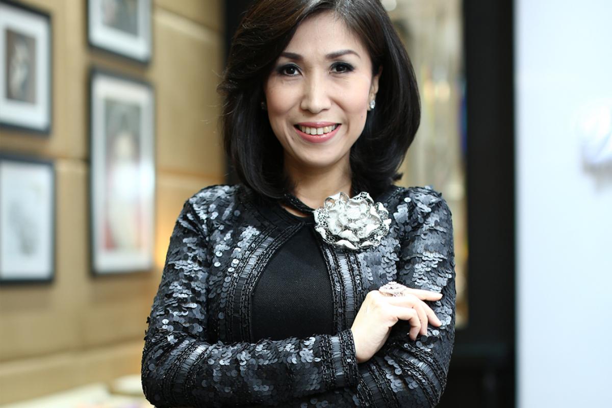 Wanda Ponika: Couturier of Jewels