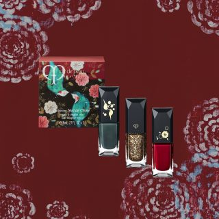Cle de Peau Nail Lacquer - Beautifully packaged in a box with art designed by artist Kathe Fraga, this box of Cle de Peau nail colours are inspired by the opulence of the Orient. The box comes in threes.