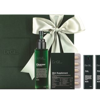 DrGL Glowing Skin Beauty Secret Set - Prep your skin for the selfies and wefies this festive season with this quad set of lightening cleanser and toner, skin supplement and moisturiser for all skin types from DrGL.