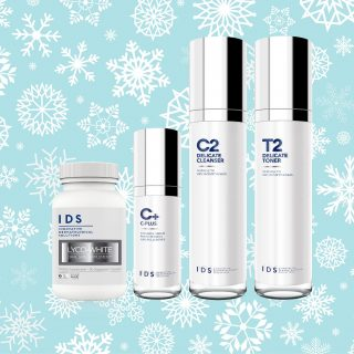IDS Glowy Christmas Set - Who doesn't want glowing skin? You need to glow from inside out. IDS Skincare quad set of Lyco-White Oral Skin Supplements, Delicate Cleanser and Toner and C-Plus lotion promises you just that.