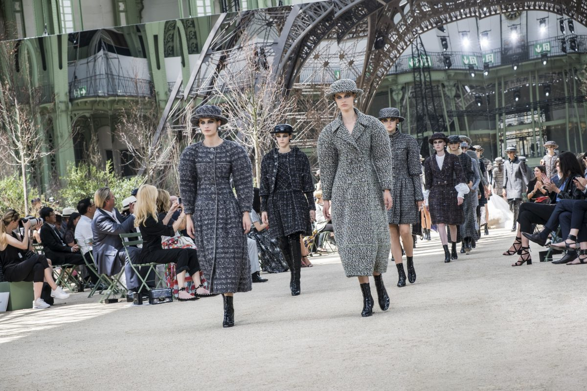 All Looks: Chanel FW17 Haute Couture