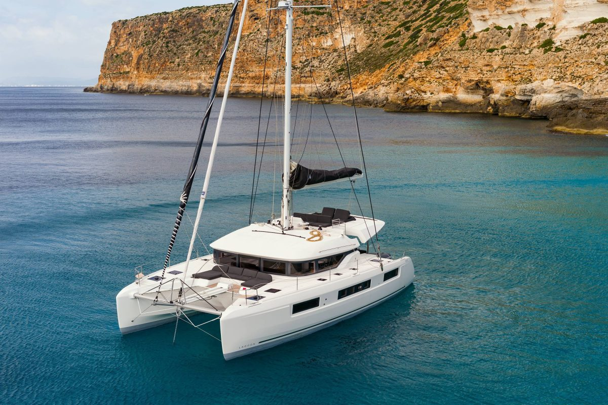 5 captivating catamarans to catch at the 2018 Singapore Yacht Show