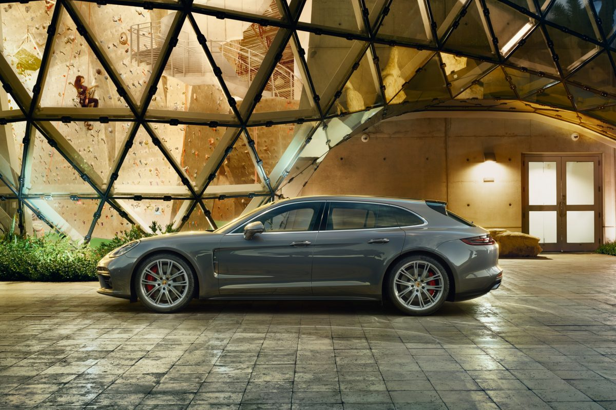 The Porsche Panamera Sport Turismo is no slo-mo