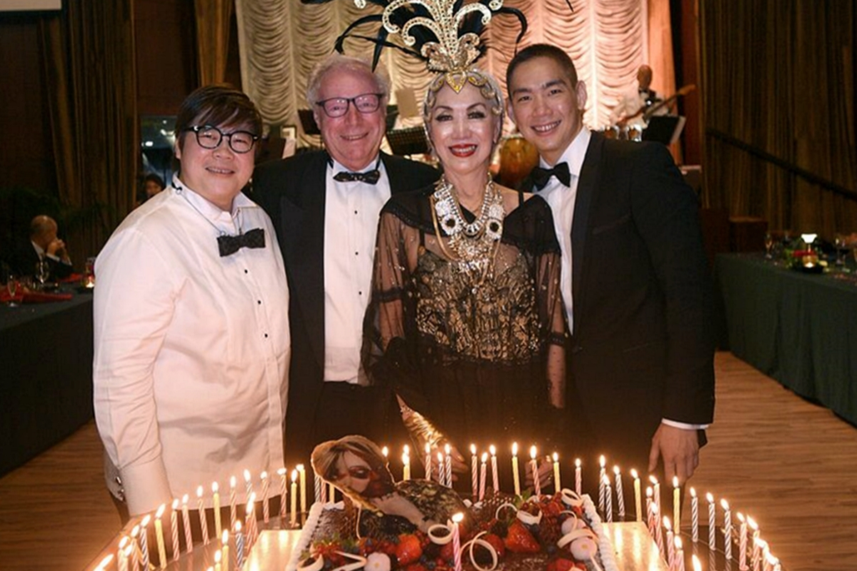 Event Photo Gallery: Peggy Jeffs' Cabaret-Themed Birthday Party