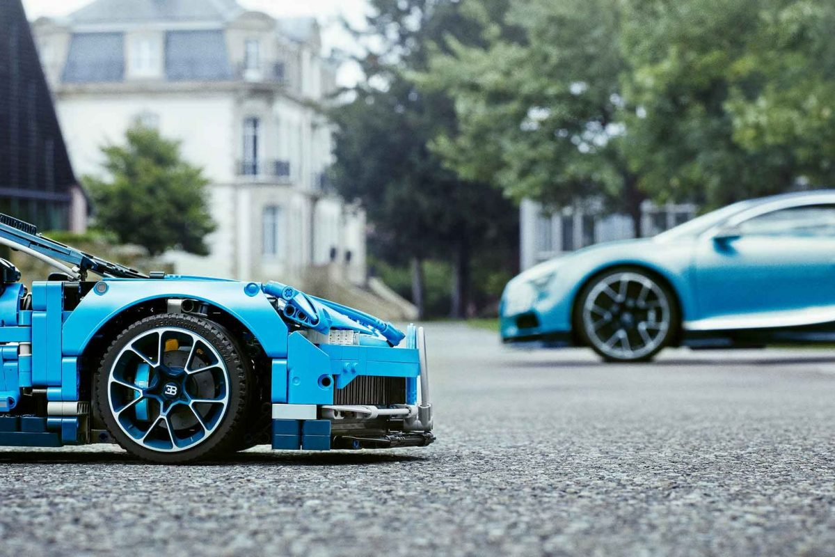 Lego Technic Bugatti Chiron — The Facts And Tiny Figures