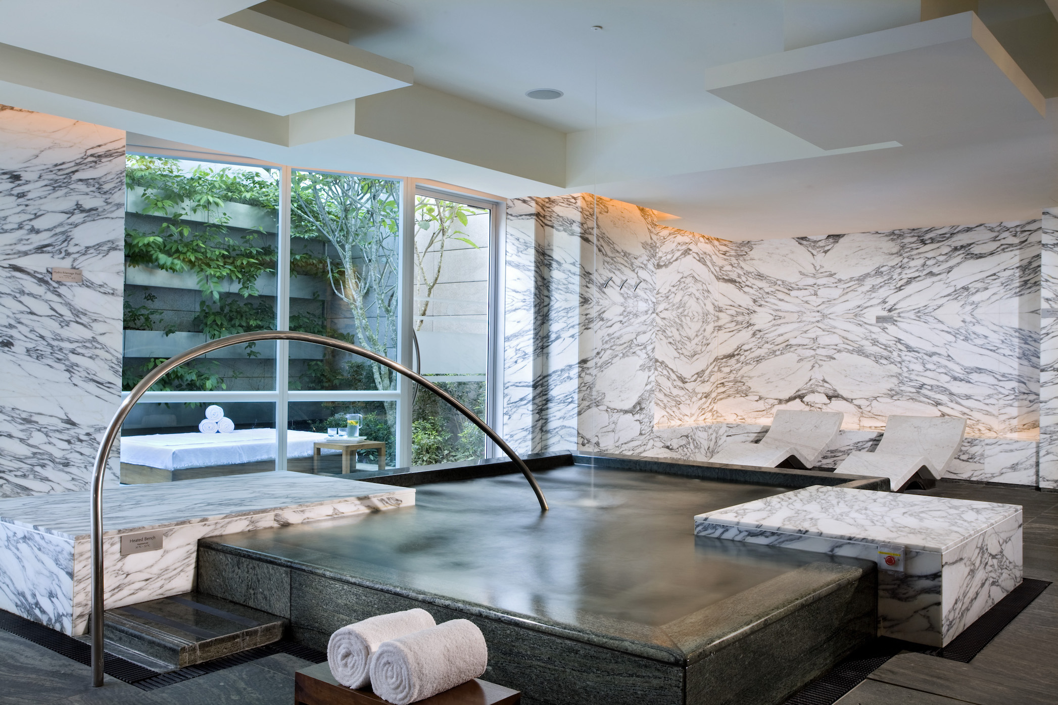 Luxury spas in Singapore: Remede Spa