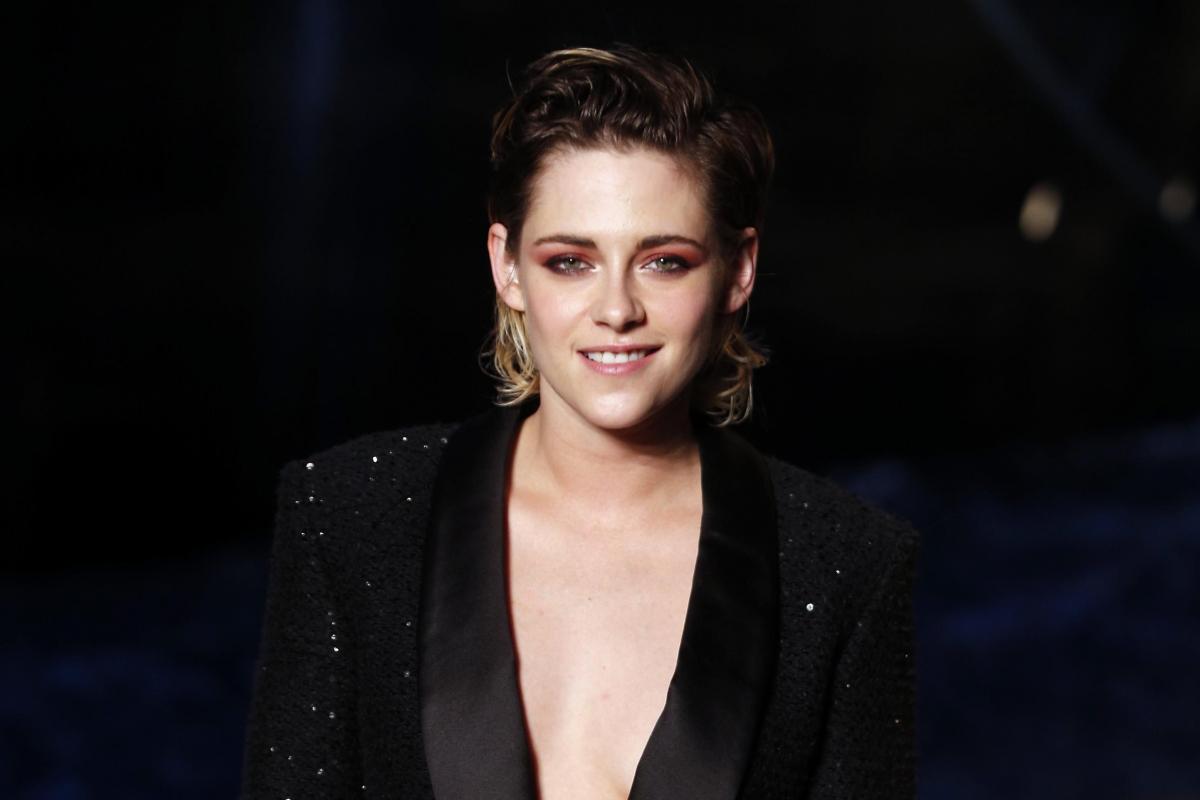 Meet the New Charlie's Angels: Kristen Stewart, Naomi Scott, and Ella Balinska