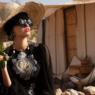 DRESS AND SUNGLASSES DOLCE & GABBANA | TURBAN FLAPPER | EARRINGS CHANEL
