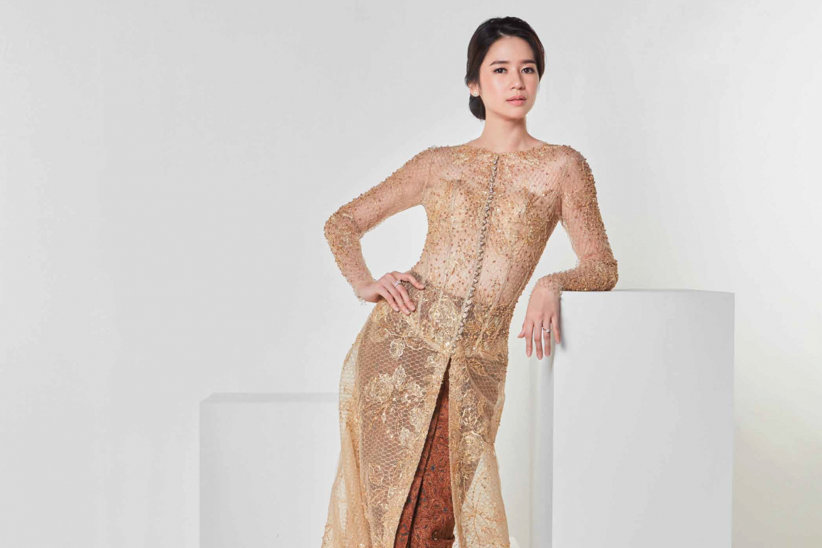 Laura Basuki and Her Fascination with Eddy Betty, the Master of Indonesian Haute Couture.