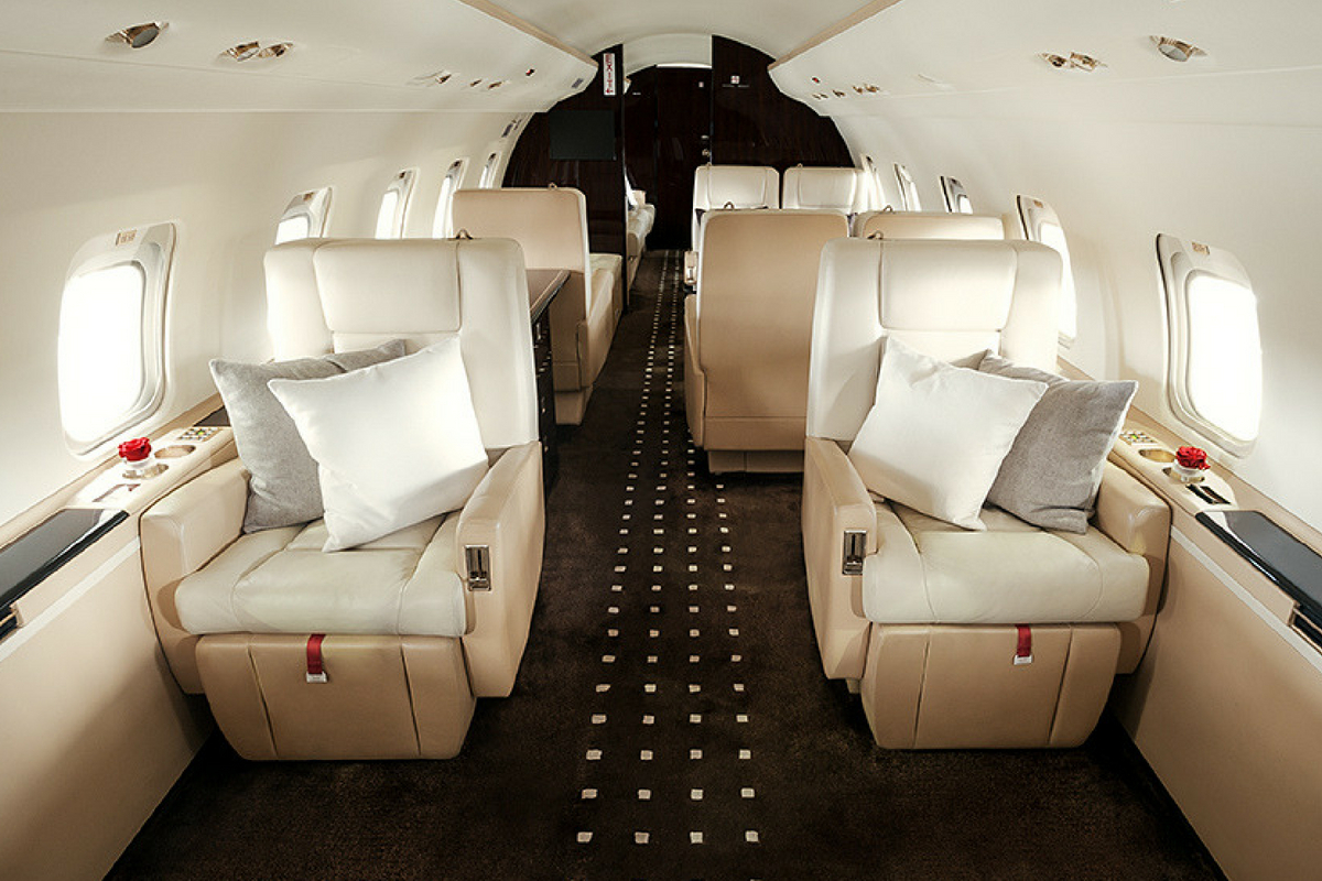 Fly and Dine on a Private Jet this Mid-Autumn