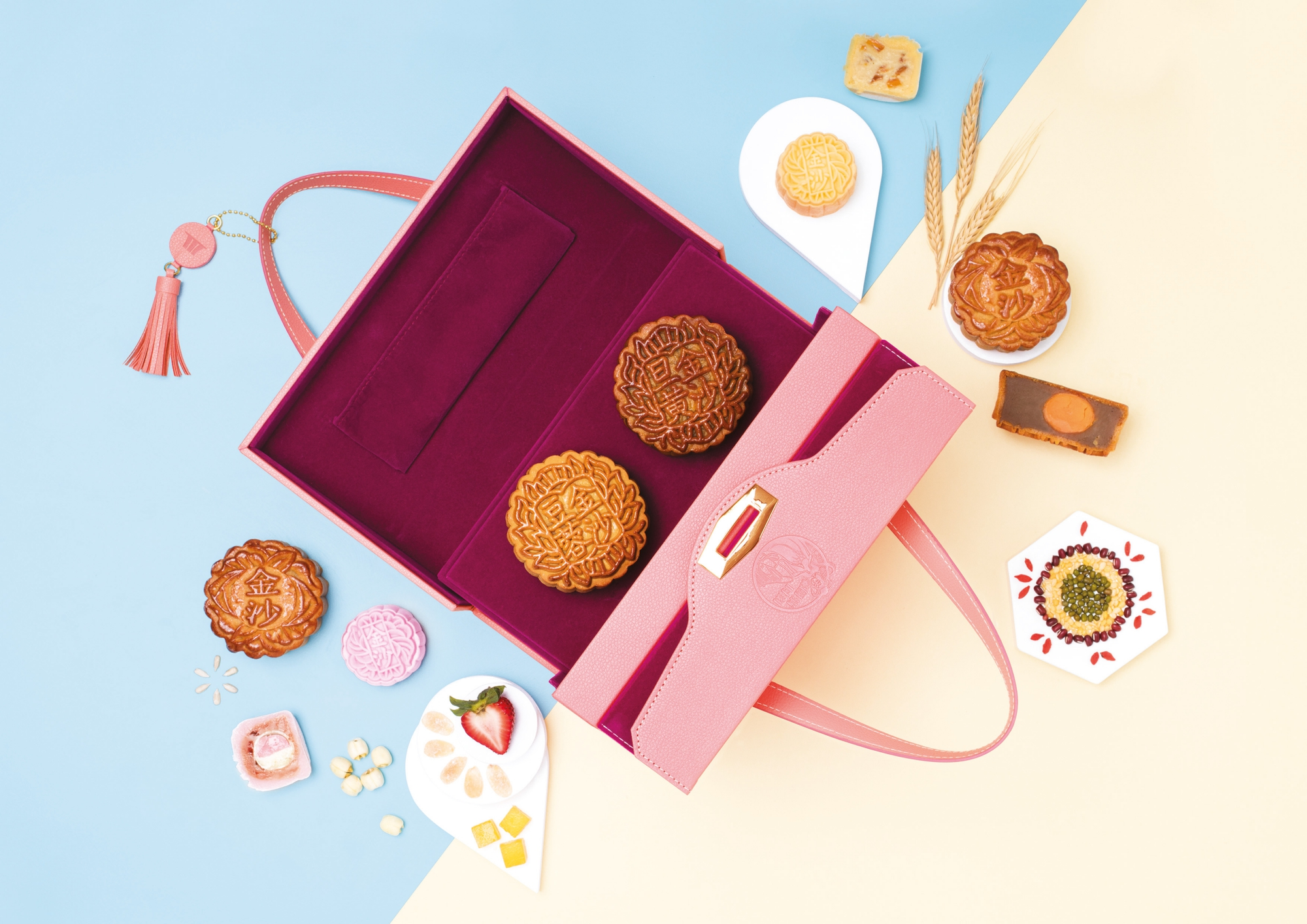 Marina Bay Sands' traditional and modern mooncakes