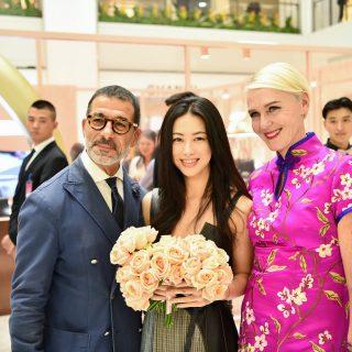 Jean Lahirle, Zhu Zhu, Christina Zeller
