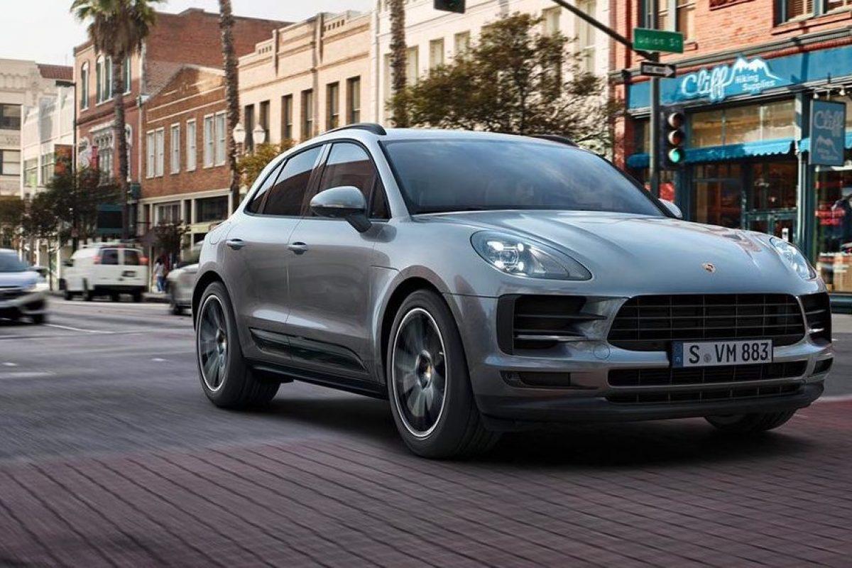 At A Glance: Porsche The New Macan