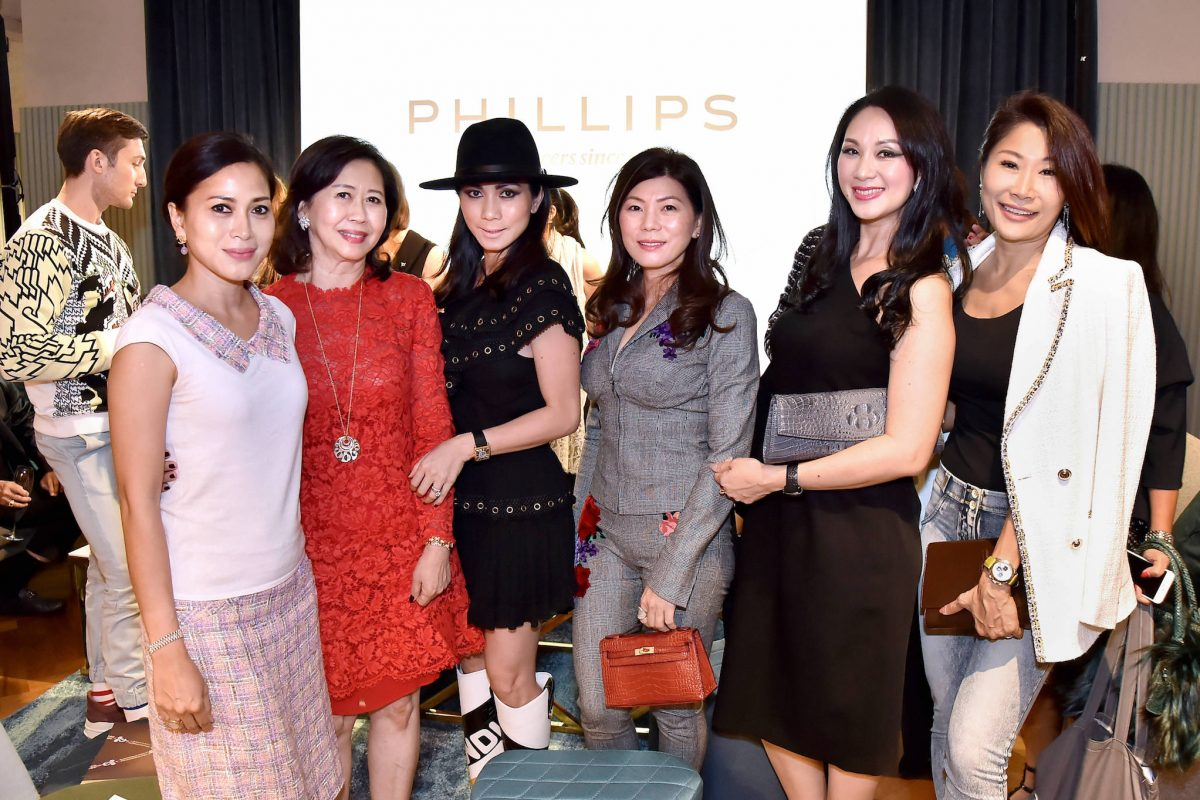 Event Photo Gallery: A Private Viewing With Phillips and Prestige Online At Straits Clan