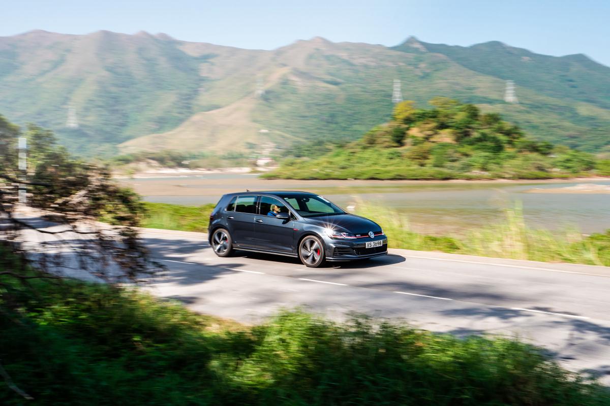 Hands-on Review: Volkswagen Golf GTI