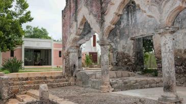 Laura Kirar's hacienda on Mexico's Yucatàn peninsula. Photo: Helena Okvist