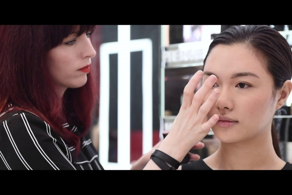 Make-up Tutorial: Nars Velvet Lip Glide