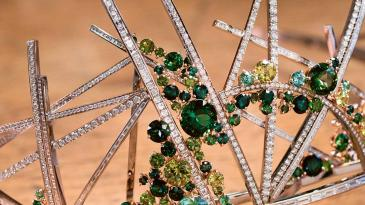 Chaumet Vertiges Diadem in White and Red Gold, Diamonds, Green Tourmalines and Garnets, by Scott Armstrong, 2017