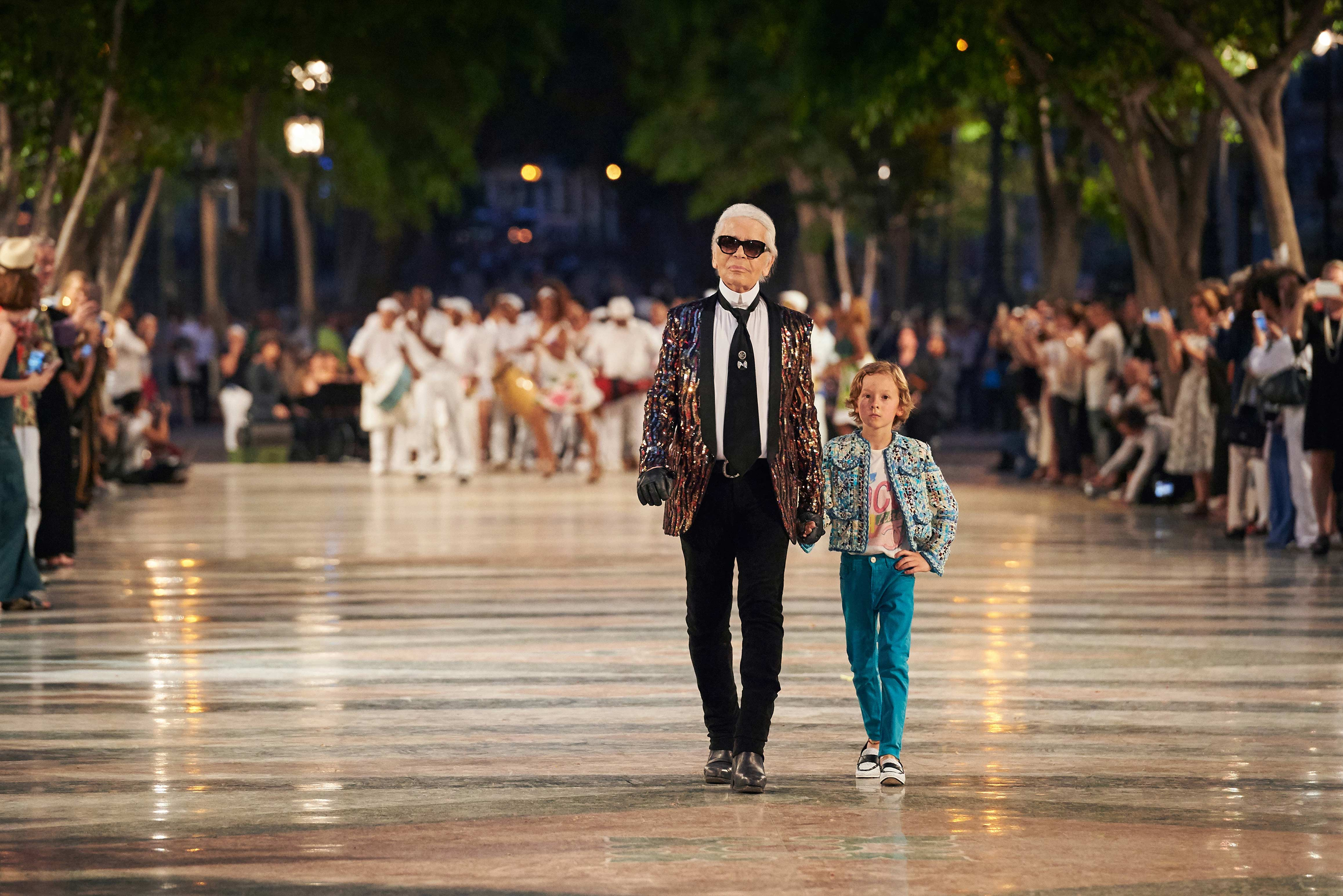 Karl Lagerfeld and Hudson Kroenig at the Chanel cruise 2017 show in Havana, Cuba