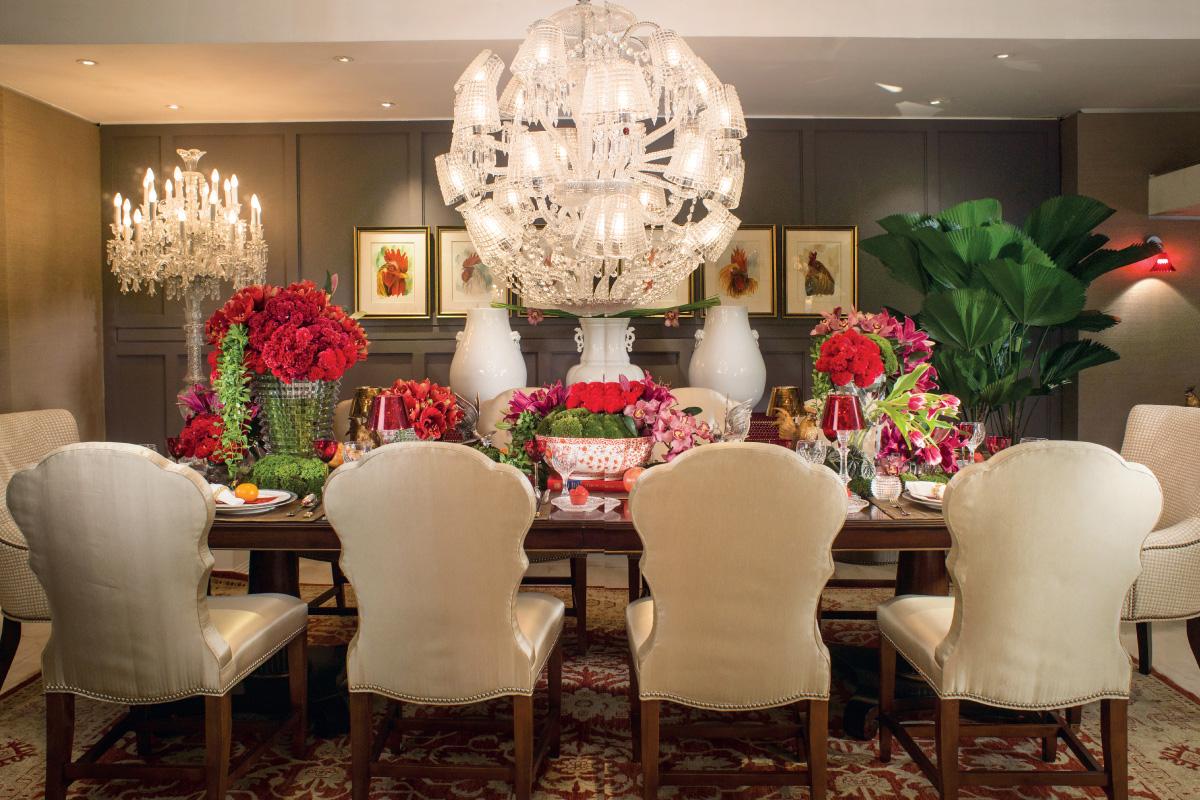 Table Setting: Lavish Reunion Dinner
