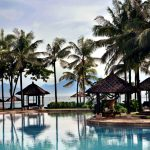 THE-MAIN-SWIMMING-POOL-AT-CONRAD-BALI1