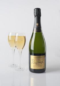 Champagne%20Devaux%20-%20Grande%20Reserve%20with%20glasses