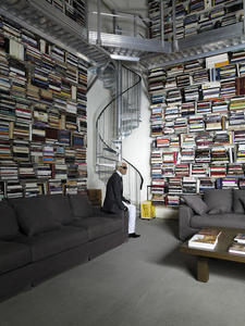 Karl%20Lagerfeld%20library