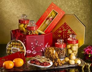 St.%20Regis%20Chinese%20New%20Year%20Bespoke%20Hamper4
