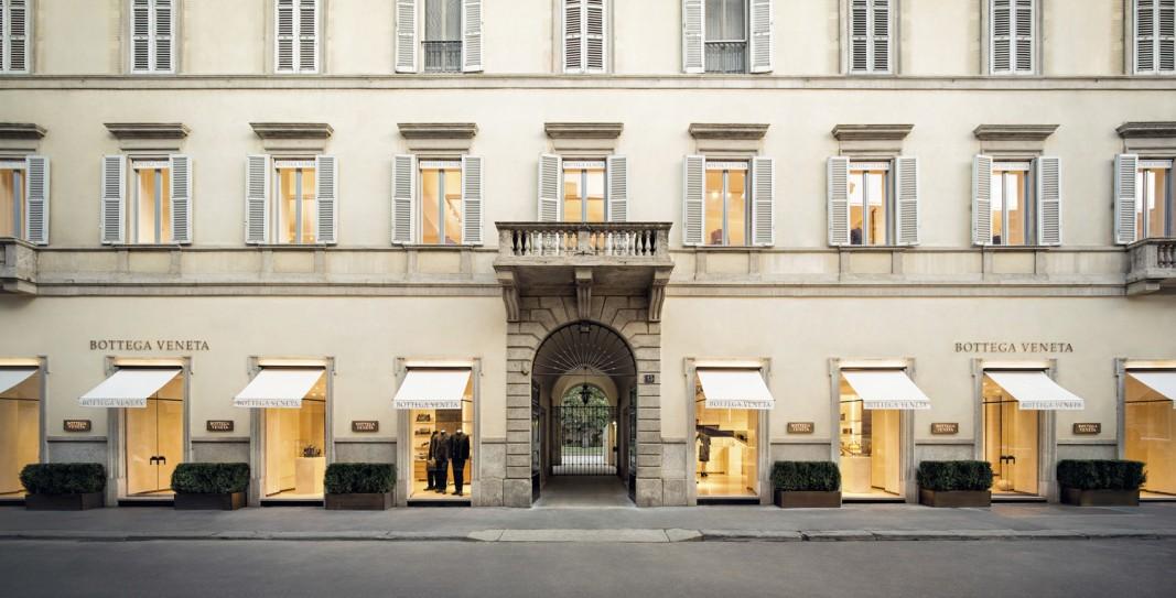The recently opened bottega veneta boutique on milan s via for Chanel milano boutique
