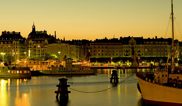 Stockholm View at Night – Photo by Yanan Li
