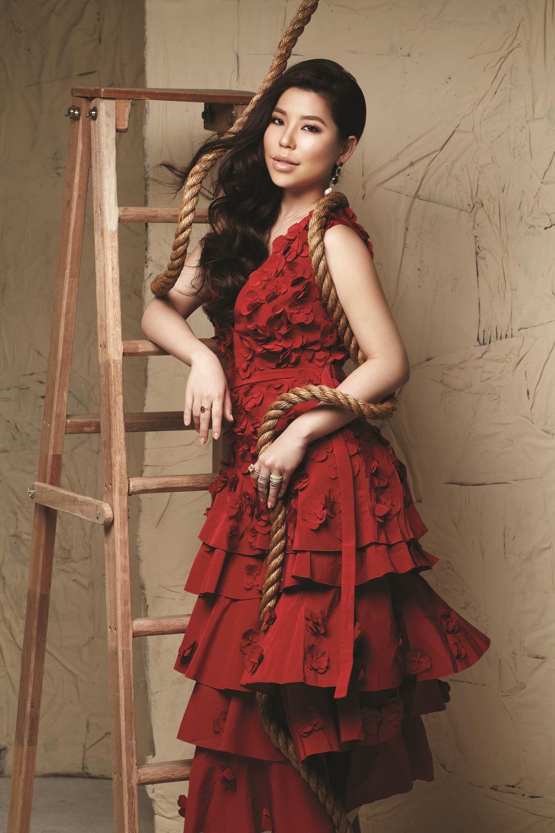 Elizabeth lee-yong