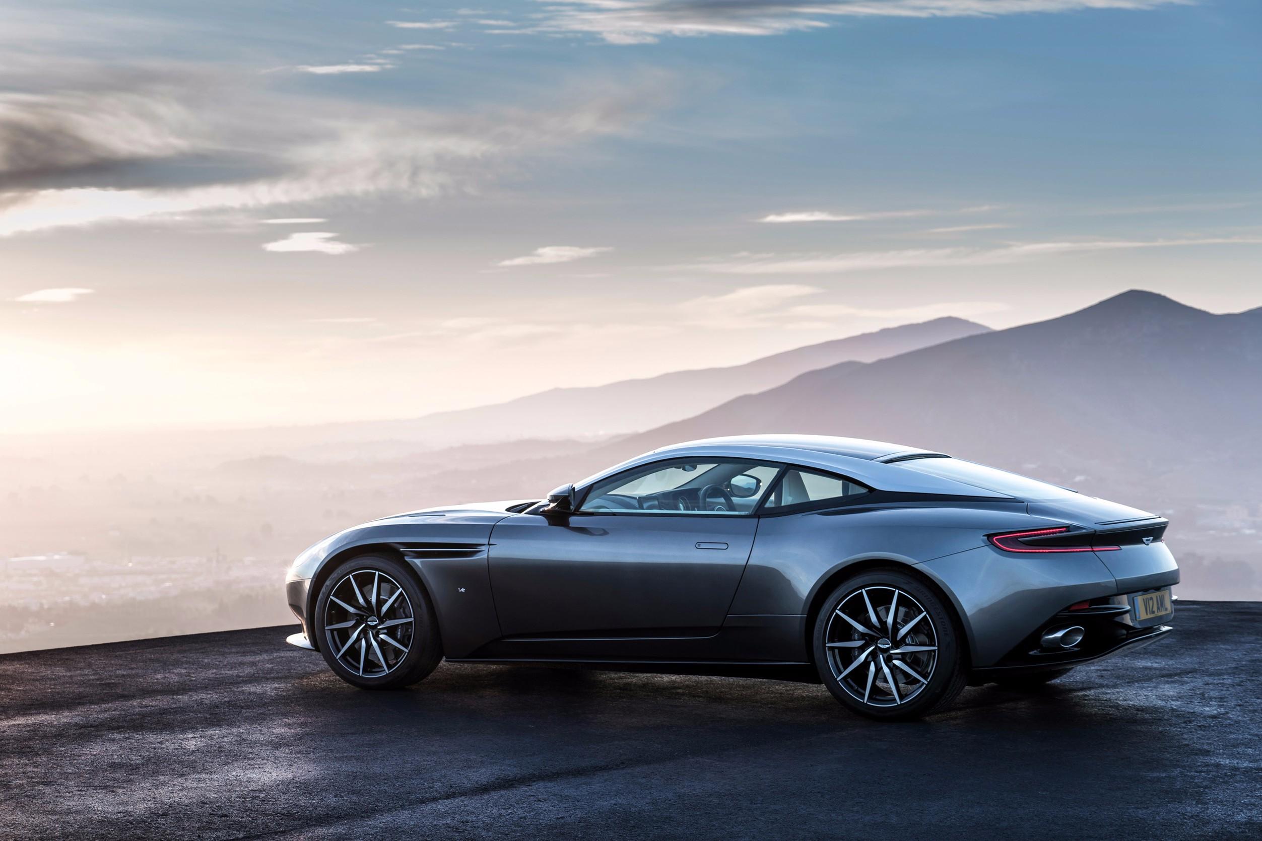 Test Drive Aston Martin Db11 Prestige Online Thailand