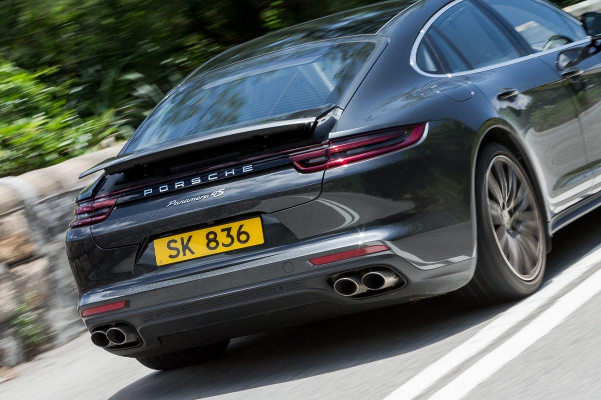 聰明絕頂 - 是轎車也是跑車Porsche Panamera 4S