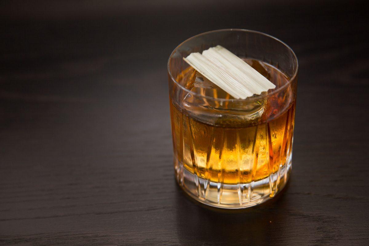 品酒與深度對話 – 精選5間父親節喝酒好酒吧