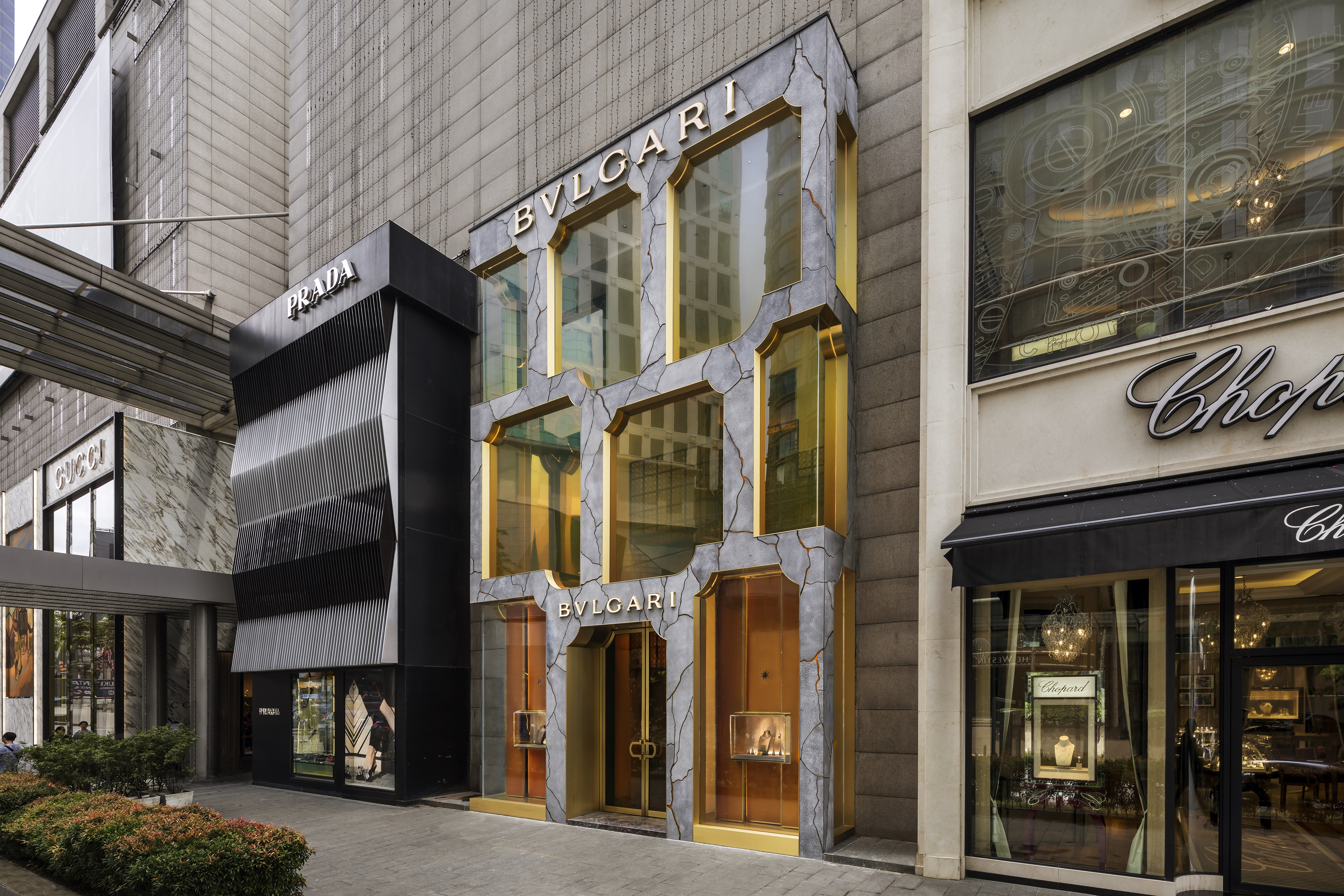 c68b14fd09a24 Bvlgari's Flagship Boutique In Kuala Lumpur Gets A Roman Makeover
