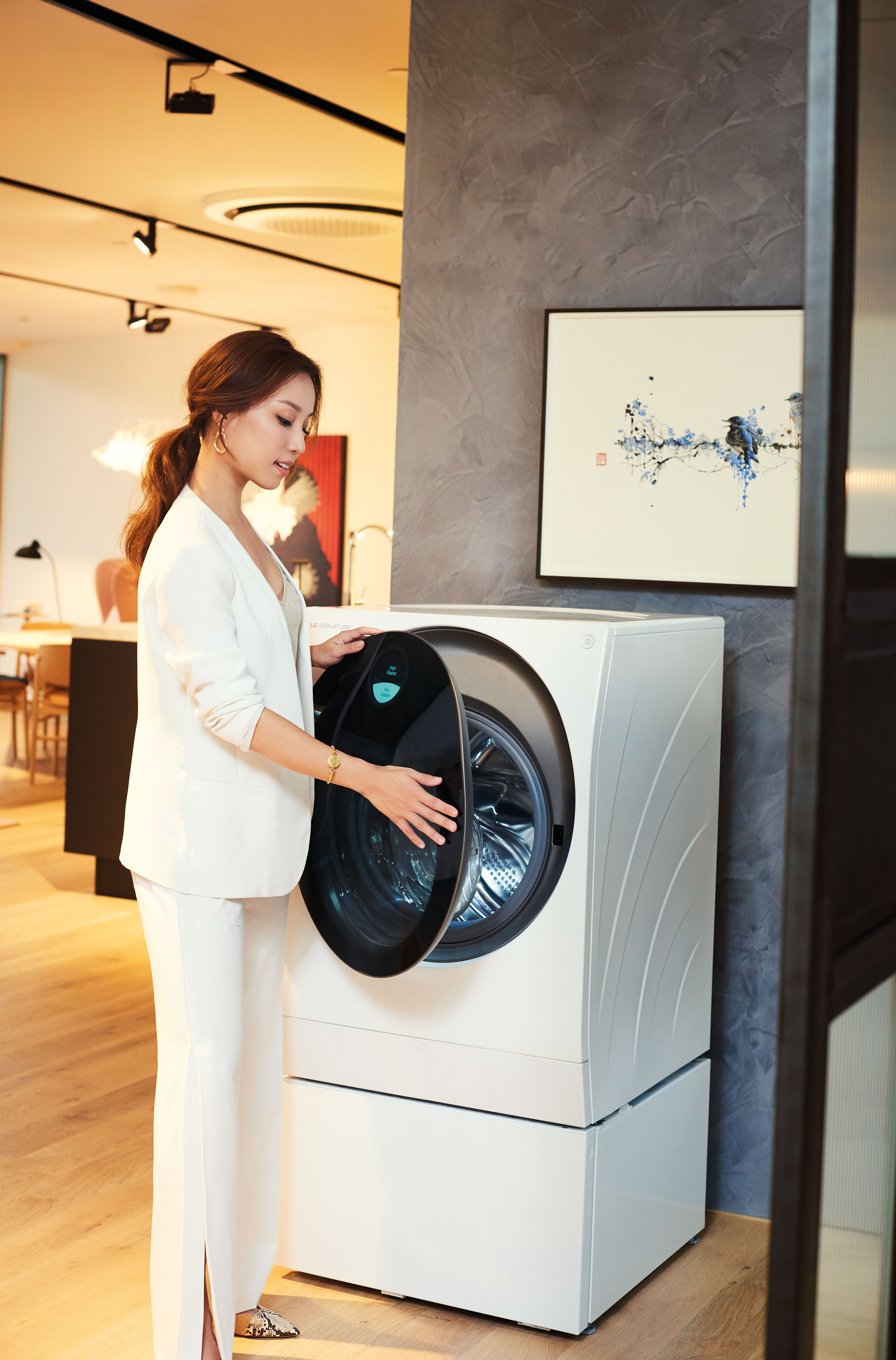 VIDEO: LG SIGNATURE Special — Beatrice Tan On The Fabric Of Work And Unwind