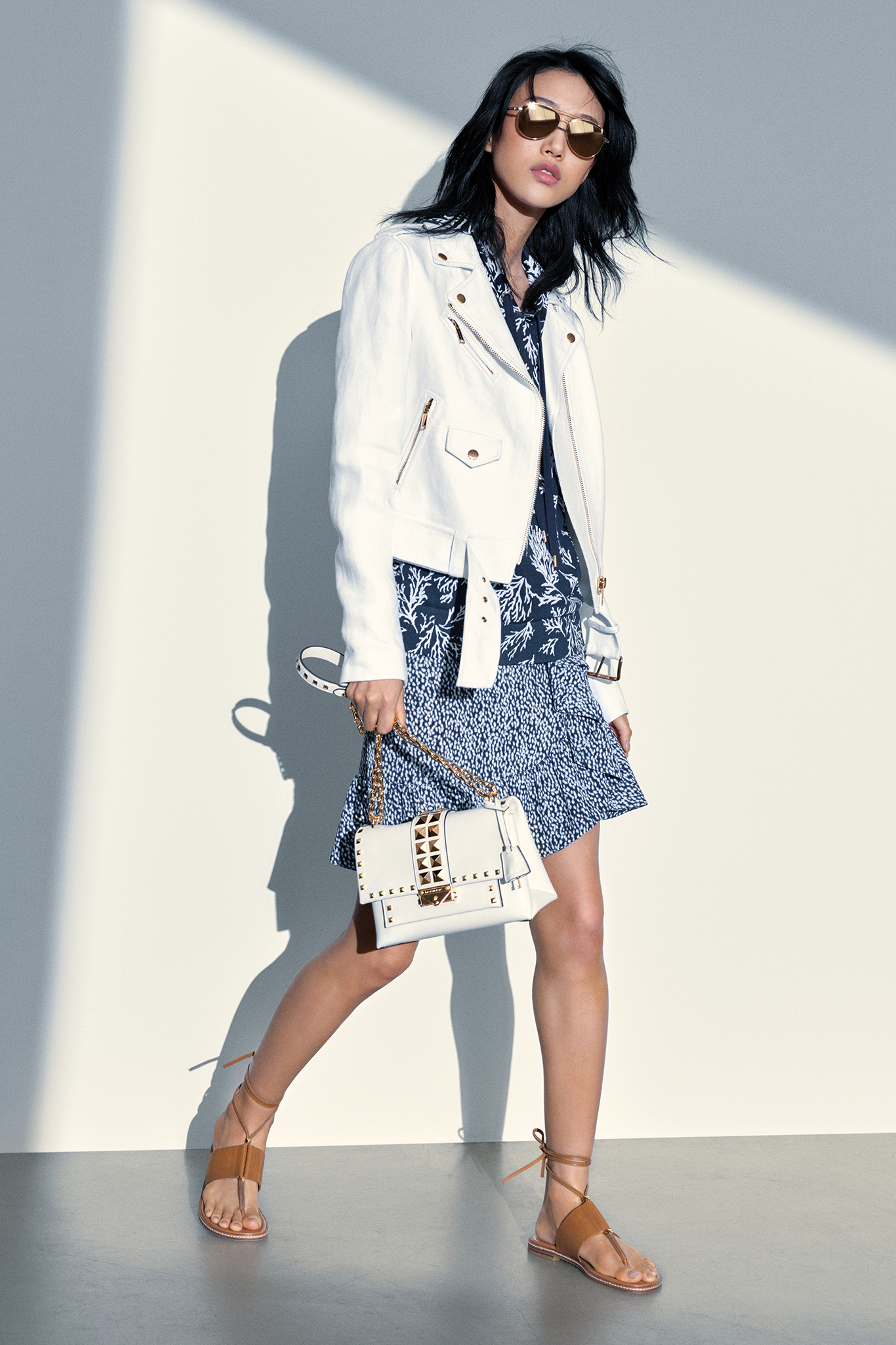 Michael Michael Kors Jet Setter's Style for a Vacation to a Mediterranean Island