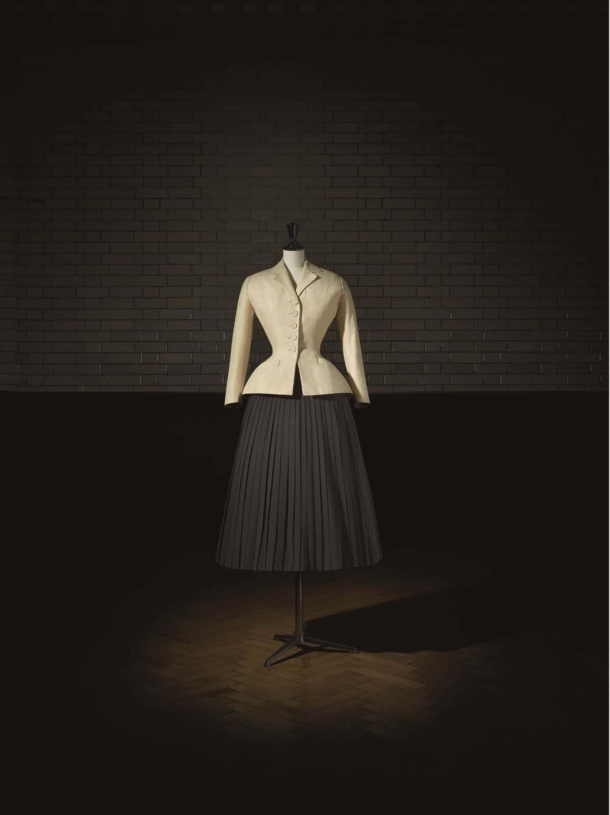 Victoria and Albert Museum Christian Dior Designer of Dreams