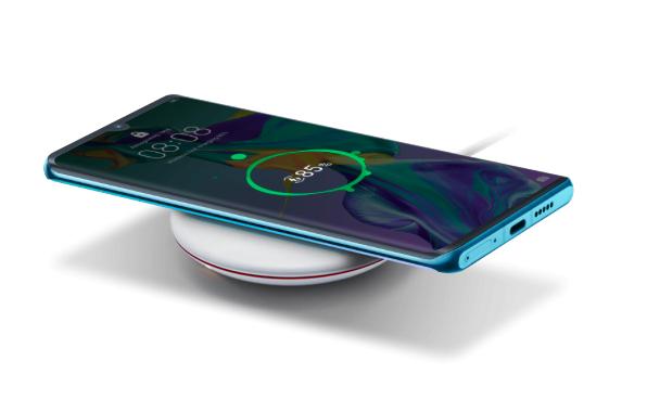 Huawei P30 Pro charging