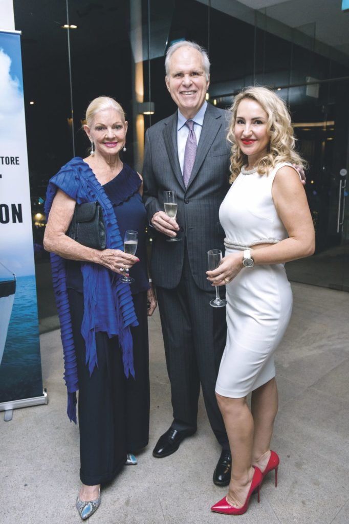 Janet and Ronald Stride with Anna Lysenko INTERNATIONAL SEAKEEPERS SOCIETY'S ASIA AWARDS DINNER