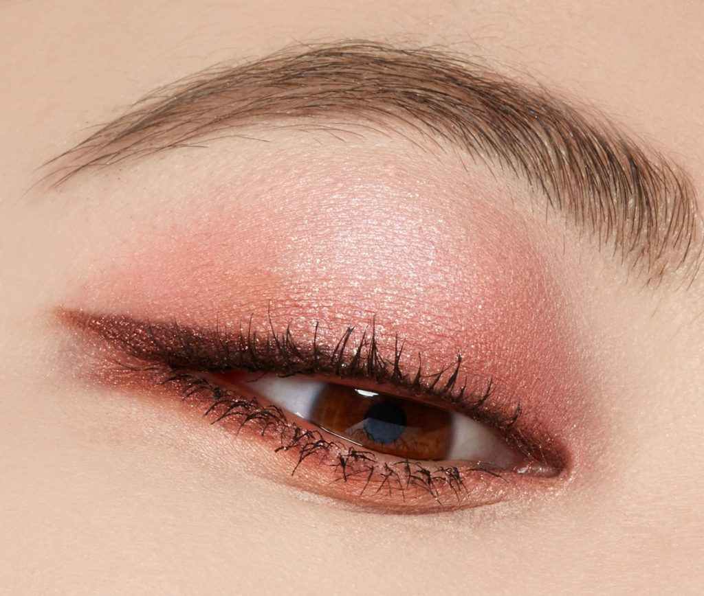 Artist Eyeshadow Palette Booming and Petal Jung Seam Mool