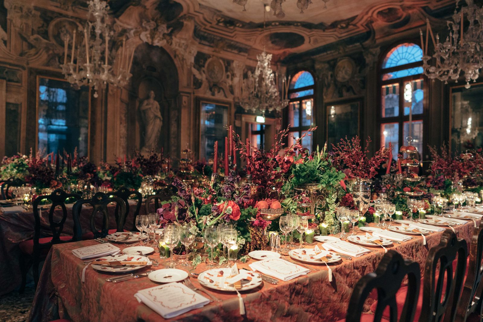 Dior Tiepolo Ball The extravagant furnishings and beautifully laid-out tables were set up by Fortuny, the Venetian fabric maker. (Photo: Pierre Mouton)